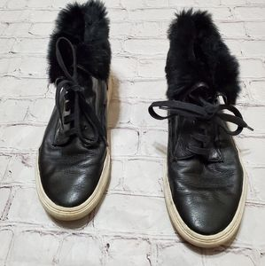 Vince Camuto Black Leather Fur Sneakers 8.5 Women